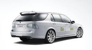 De nombreux modèles de voitures comme ici la Saab 9-‐3 Biopower (2007) adoptent un moteur de type Flex pour rouler de manière plus «écolo»…
